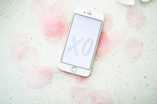 styldbygrace_february_valentinesday_wallpaper_xo01