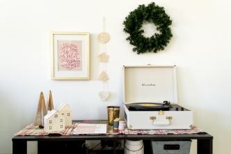 Styldbygrace_Christmas_Prints_Garland_2017__08