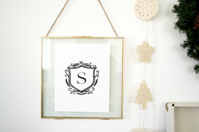 Styldbygrace_Christmas2017_MonogramPrint_Freebie_Framed01